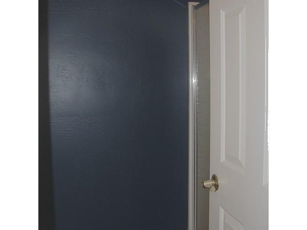 blue bathroom wall  5/2/2007