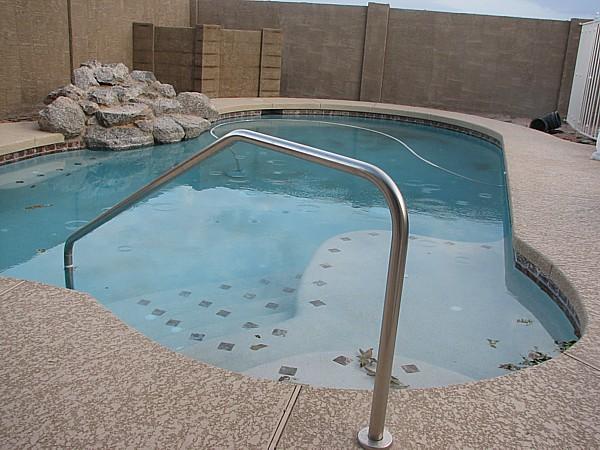 pool pump privacy wall  5/2/2007
